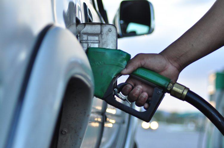 Novo reajuste da gasolina e do diesel a partir desta terça-feira (26)