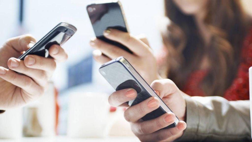 Black Friday: brasileiro quer gastar até R$ 1 mil, mas sonha com celular novo