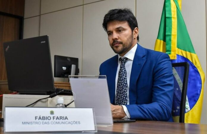 Ministro das Comunicações entrega sinal de alta velocidade para região do Seridó
